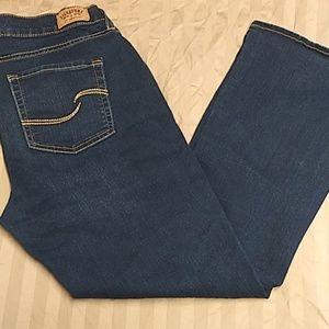 Levi Strauss curvy bootcut dark wash jeans